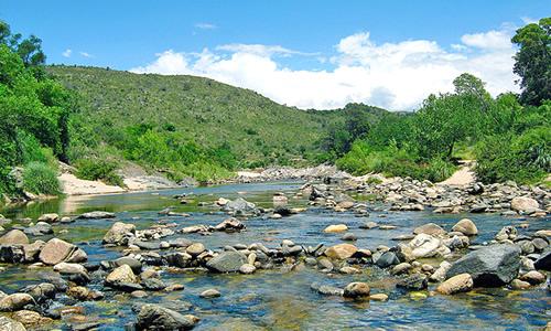 río de las sierras de córdoba